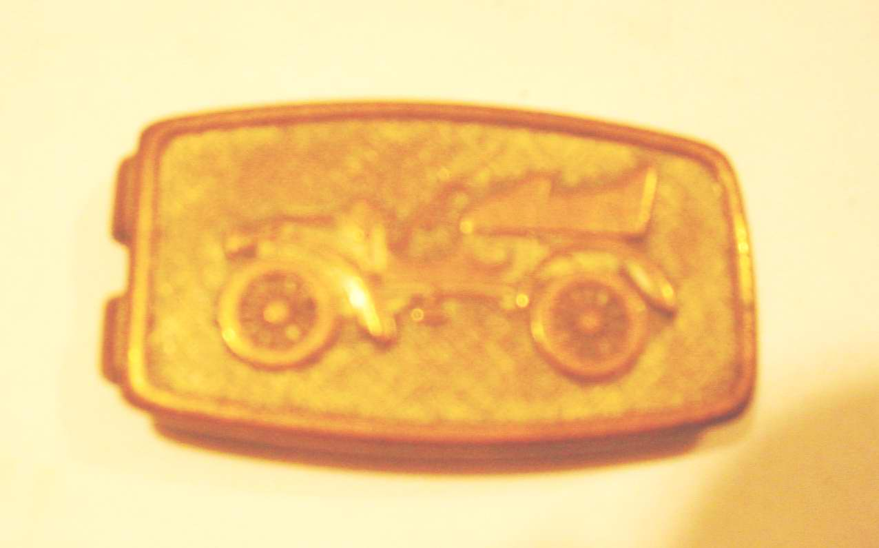 High Plains Museum | MC547 Metal money clip with car on front