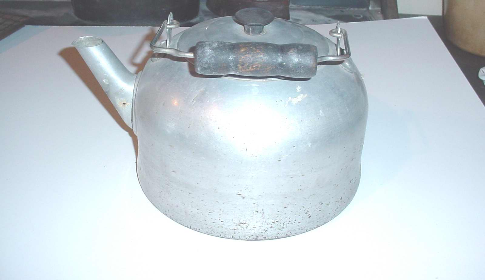 High Plains Museum | HHG006 Teakettle with wooden handle